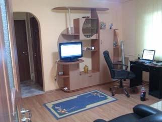 VANZARE apartament 2 camere RAHOVA zona Humulesti