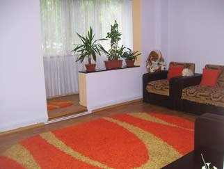 VANZARE apartament 3 camere BERCENI (Piata Resita)