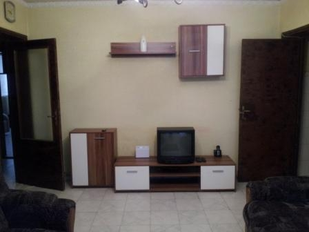 Inchiriere apartament 3 camere BERCENI - Nitu Vasile