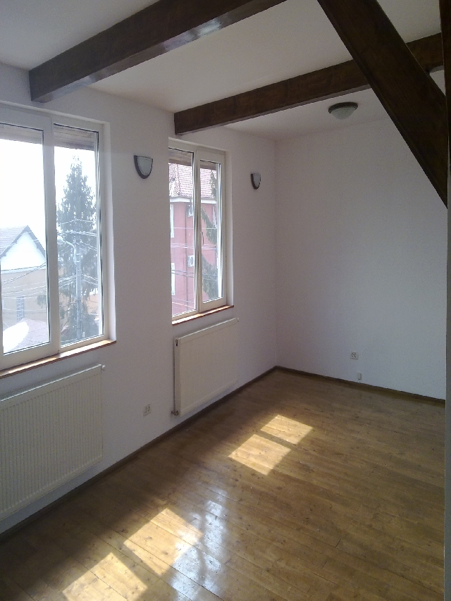 Inchiriere apartament 3 camere BANEASA - Antena 1