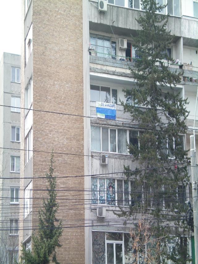 Vanzare apartament 3 camere GIULESTI