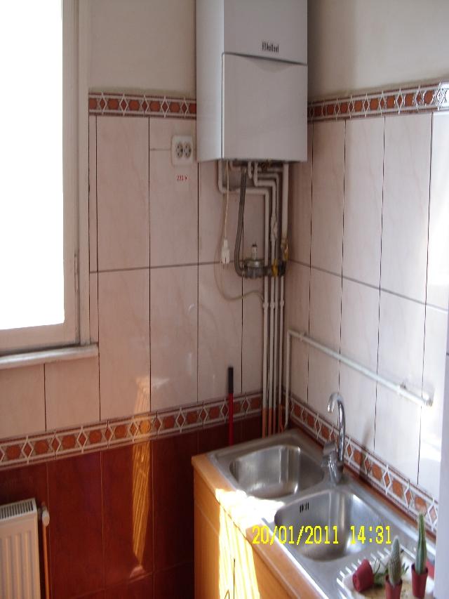 Inchiriere apartament 3 camere FOISORUL de Foc - Traian