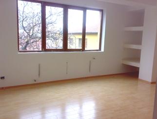 vanzare-apartament-3-camere_296.jpg