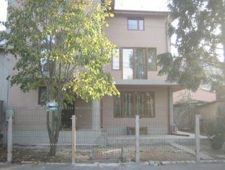 Vila de inchiriat in zona COLENTINA - Andronache